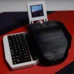 Electronic Grenade — компьютерная мышь со встроенным экраном и выдвижной клавиатурой